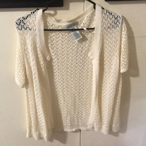 White stag short sleeve white sweater